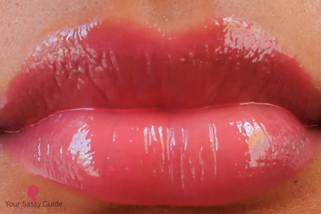 Lakme Absolute Plump & Shine Lip Gloss Pink Shine